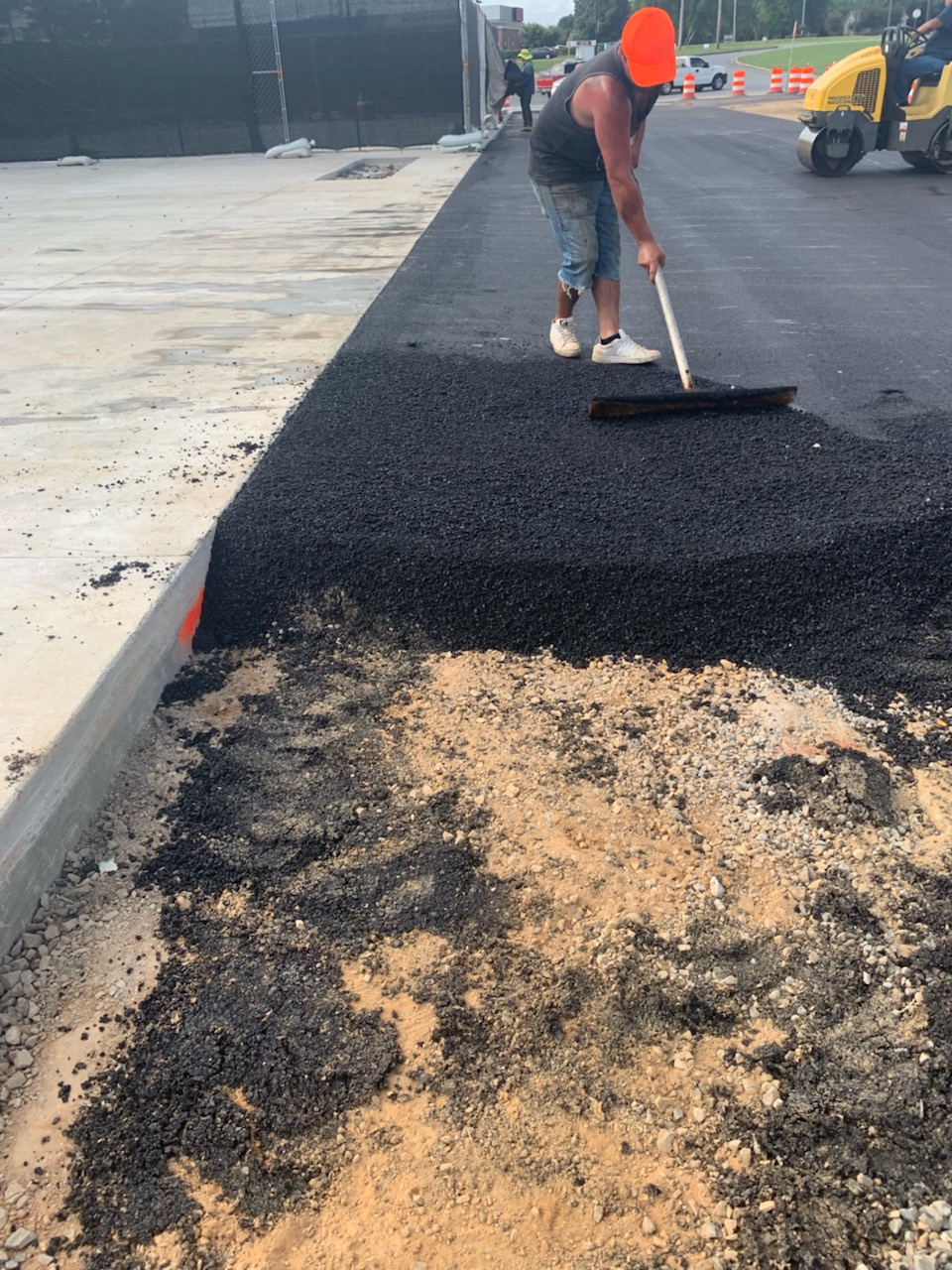 Asphalt Overlay Or Complete Asphalt Replacement Asphalt Paving Contractor Driveway Repair Sealcoating Concrete Pourer